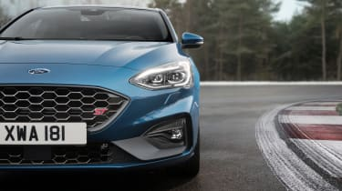 2019 Ford Focus ST - front close up