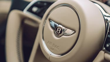 Bentley Continental Flying Spur saloon steering wheel