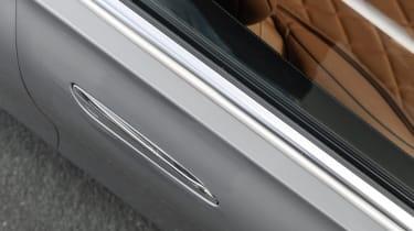 2020 Mercedes S-Class - flush fitting door handles hidden