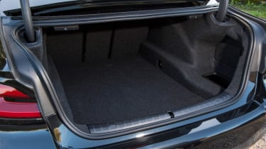 BMW 5 Series saloon boot