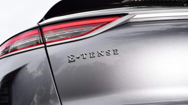 DS 3 Crossback E-Tense SUV rear lights