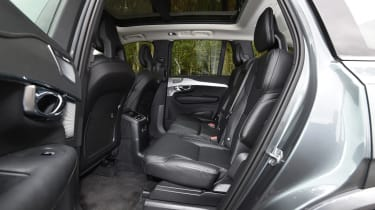 Volvo XC90 T8 - rear seats