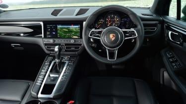 2020 Porsche Macan - interior dashboard