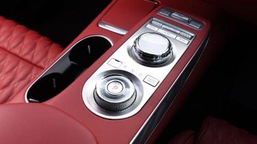 Genesis GV70 SUV centre console