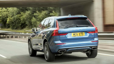 Volvo XC60 T8 - rear 3/4 dynamic