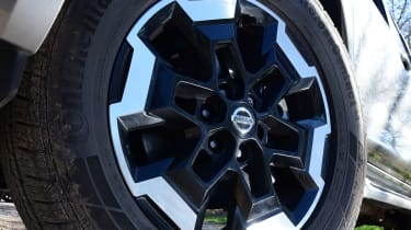 Nissan Navara - front wheel close up