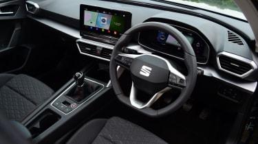 SEAT Leon hatchback - steering wheel