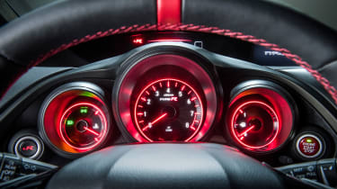 Honda Civic Type-R dashboard dials