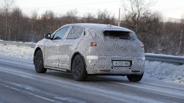 Electric Renault Megane crossover in camouflage - rear