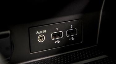 2020 Renault Captur - USB connections close up