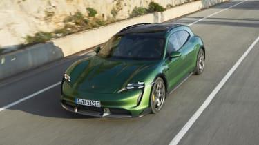 Porsche Taycan Cross Turismo - front 3/4