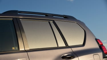 Toyota Land Cruiser Utility side windows