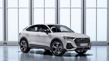 2019 Audi Q3 Sportback - front 3/4 view static