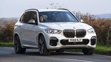 BMW X5 - front 3/4 view dynamic