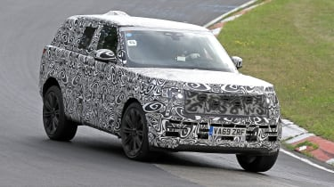 2022 Range Rover - front 3/4 view dynamic