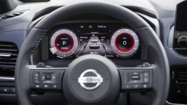 New Nissan Qashqai steering wheel and digital dials