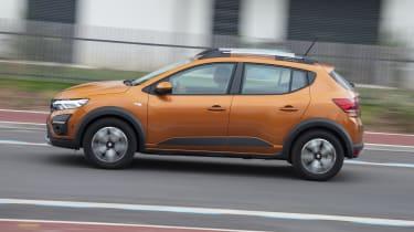 2021 Dacia Sandero Stepway - side view driving