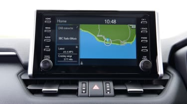 Toyota RAV4 Dynamic - infotainment screen