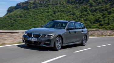 2019 BMW 3 Series Touring - front view
