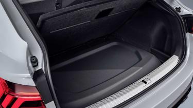 2019 Audi Q3 Sportback - rear parcel shelf storage