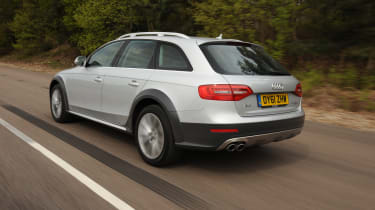 Audi A4 Allroad - Rear 3/4 dynamic