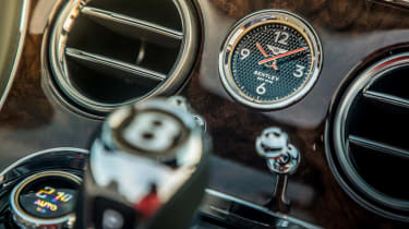 Bentley Continental GT Convertible clock