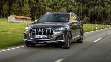 Audi SQ7 driving