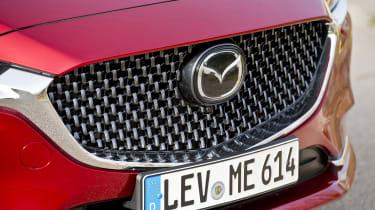 Mazda6 Tourer grille