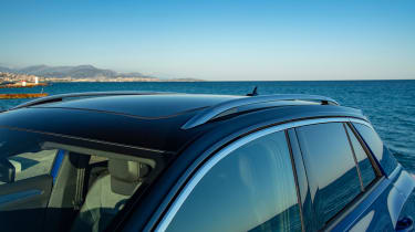 Volkswagen T-Roc R SUV panoramic roof