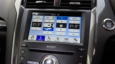 Ford Mondeo hybrid infotainment system