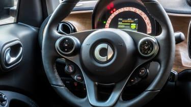 Smart EQ ForTwo hatchback steering wheel