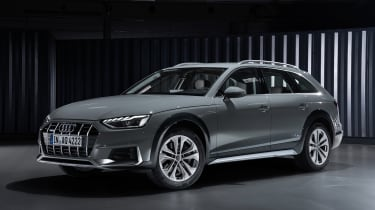 Facelifted Audi A4 Allroad - front
