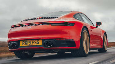 Porsche 911 coupe tail tracking