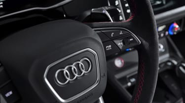 Audi RS Q3 steering wheel buttons