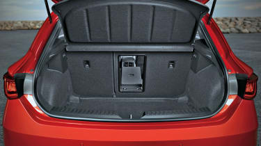 2020 SEAT Leon - boot space