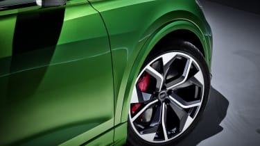 Audi RS Q8 alloy wheel