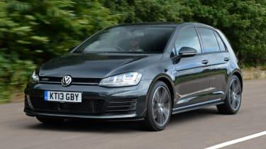 Volkswagen Golf 2013 front quarter tracking