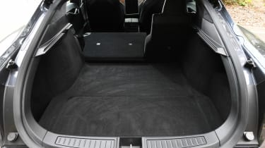 Tesla Model S saloon boot