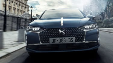 2021 DS 9 saloon - front dynamic
