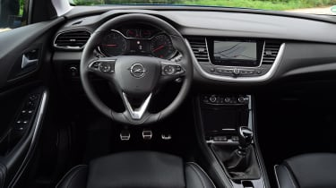 The gearlever is a little too chunky and the Grandland X's gearchange isn't the slickest, but its clutch is light