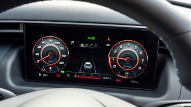 Hyundai Tucson SUV digital instruments