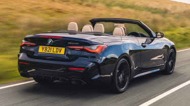 BMW 4 Series Convertible rear tracking