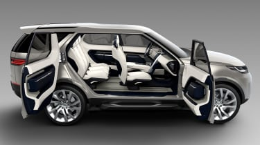 Land Rover Discovery SUV 2015 side doors open