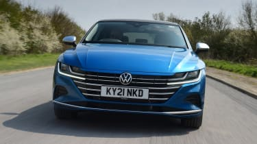 Volkswagen Arteon driving - front