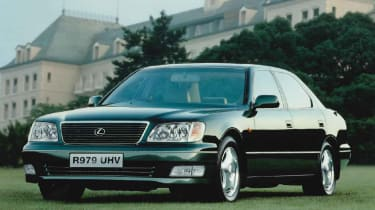 1997 Lexus LS400 - front N/S static
