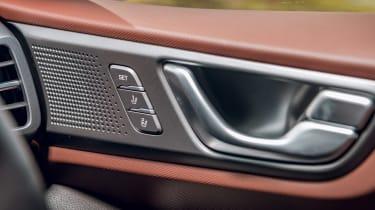 Hyundai Ioniq Hybrid review door handles