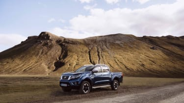 2019 Nissan Navara - front 3/4 static off-road