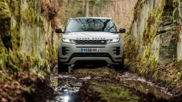 Range Rover Evoque SUV trench