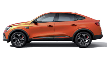 2021 Renault Arkana SUV side
