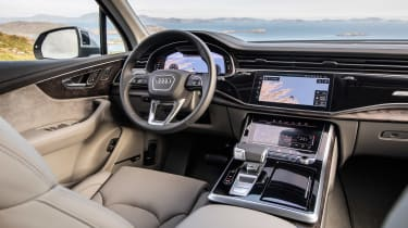Audi Q7 SUV steering wheel